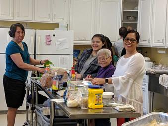 Kitchen-volunteers.jpg