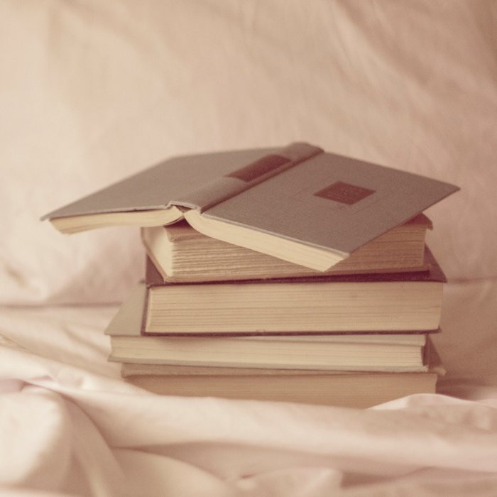 Books for reading in bed
