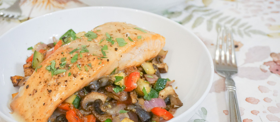 Roasted Salmon with Quinoa and Vegetables