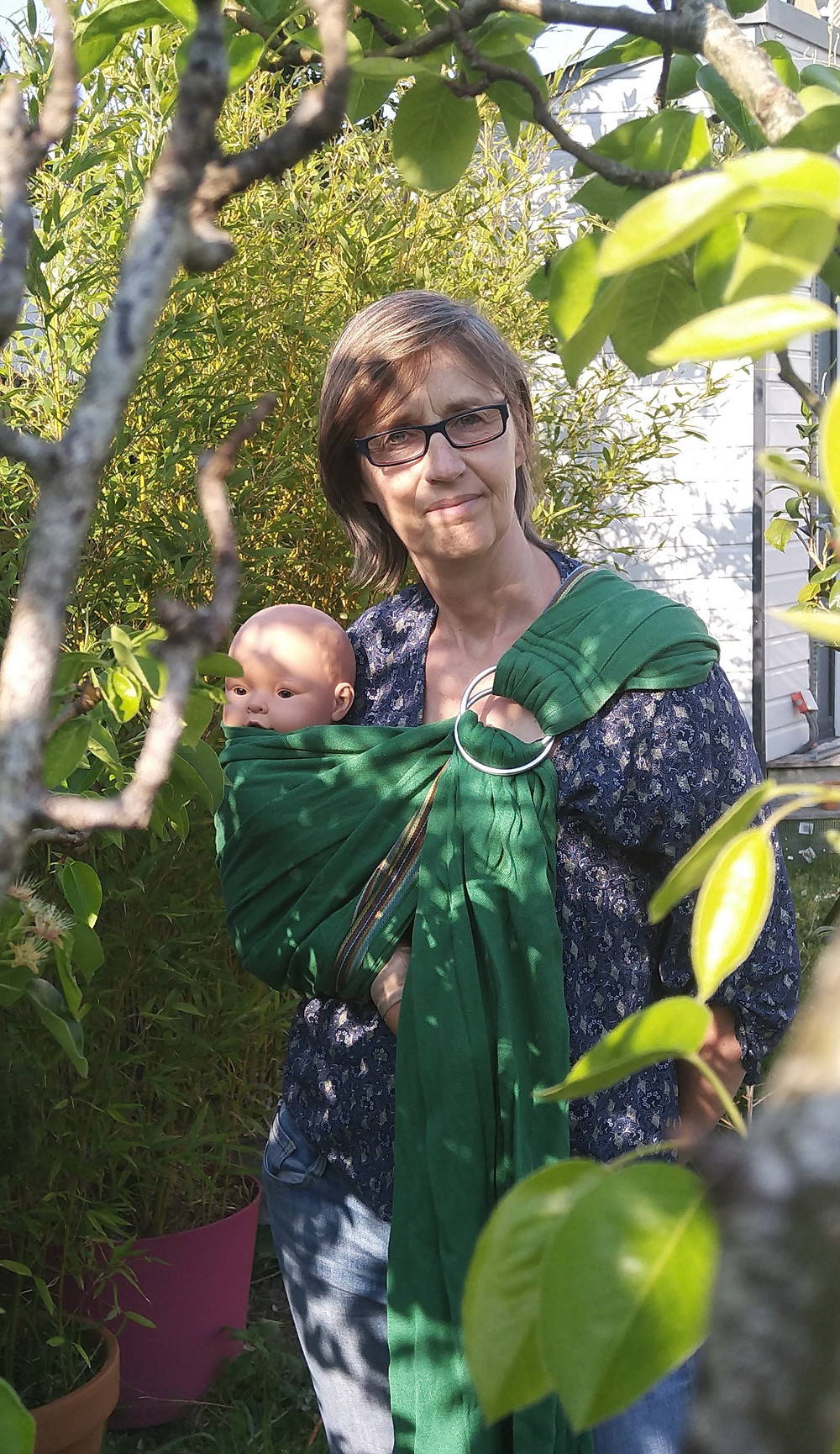 atelier de portage physiologique avec des écharpes de portage sur Nantes (sling, écharpes tissés , écharpe mei-thai, écharpe en jersey...)