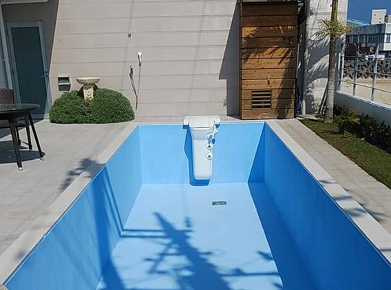 沖縄県のプール(ポセイドン使用)