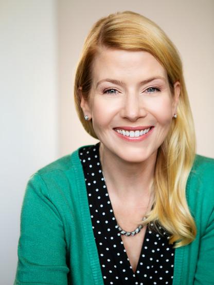 Corinne Meadors: suburban housewife, mom, teacher...