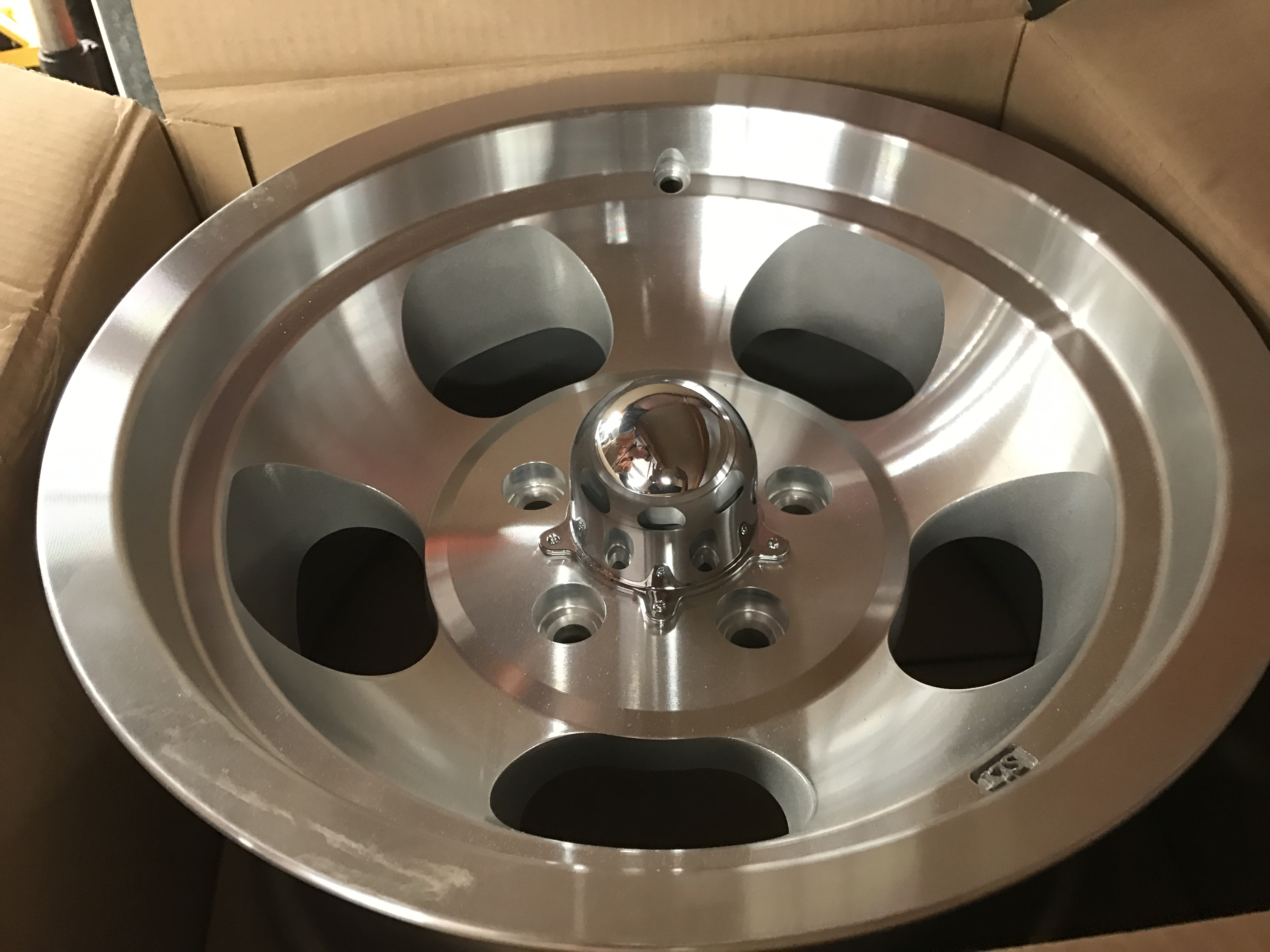 10.SLT MUSCLE MAGS 15 X 8