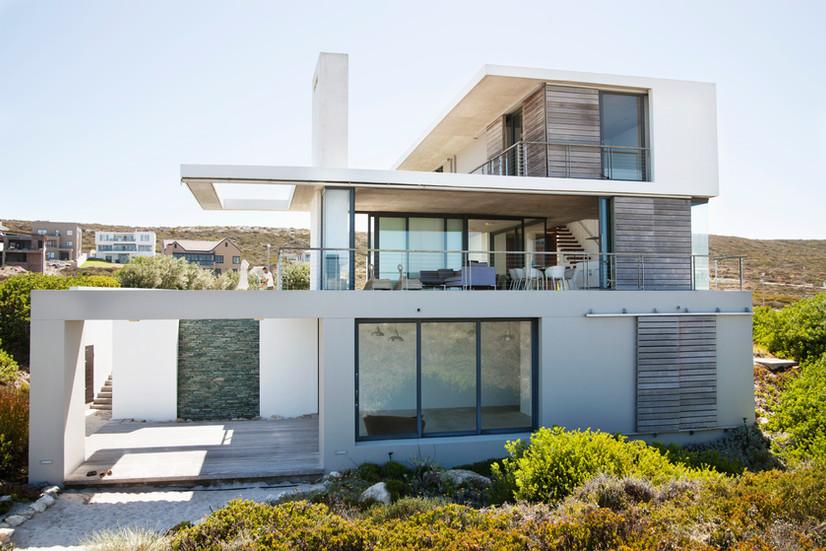 Белый Современный дом