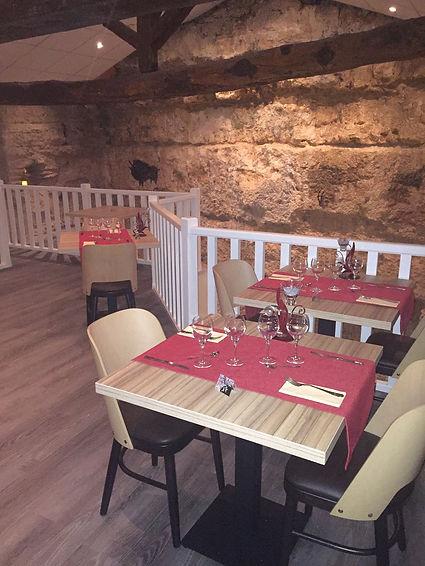 salle restaurant de l'assiette troglodyte