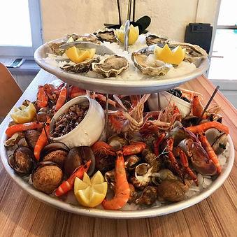 plateau de fruits de mer pour 3 personnes restaurant l'assiette troglodyte 24400 sourzac