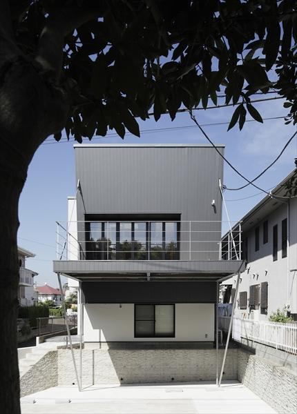 0901620001_藤沢の住宅_南面外観.jpg