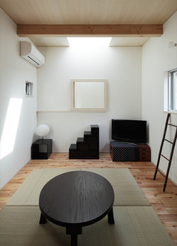 11126017_梅里の住宅_2階_洋室.jpg