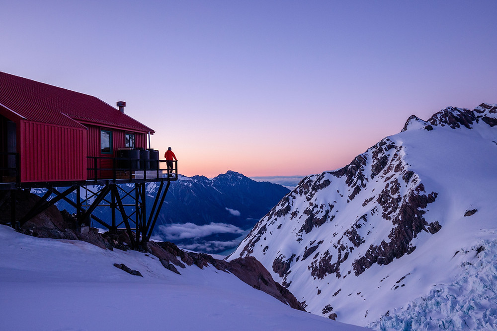 Sunrise at Plateau hut