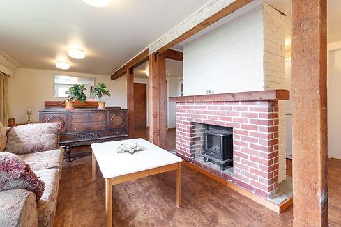 14-living-room.jpg