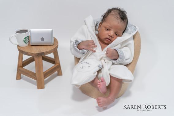 Yohann newborn session (3 of 4).jpg