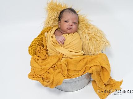 Yohann newborn session (2 of 4).jpg