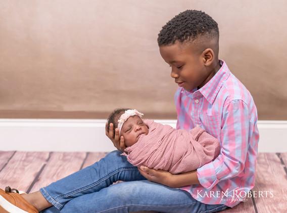 Alysha newborn session (2 of 8).jpg