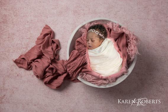 Leads newborn session (1 of 7).jpg