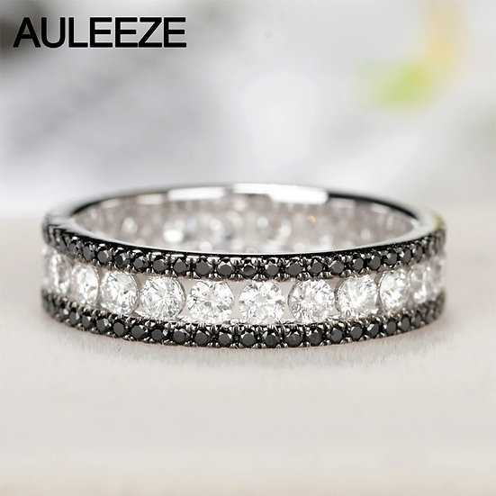 Ring med 18K hvitt gull og 1,2 ct diamanter + 0,4 ct steiner