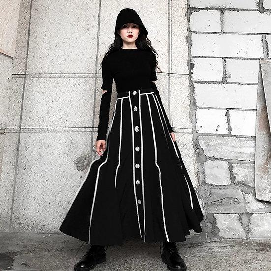 Svart goth-skjørt med hvite linjer