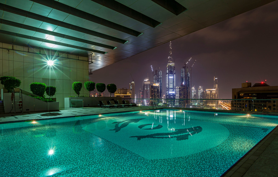 Roof Top Pool Dubai City Scape 20Nov16 R