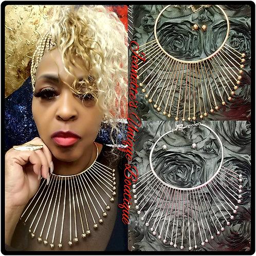 Queen Necklace Set