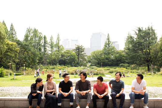 靭公園にてメンバー写真撮影
