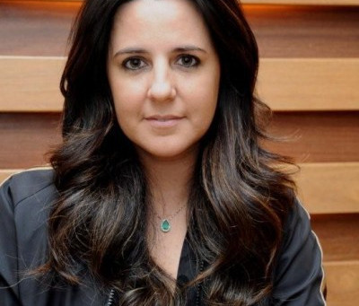 Adriana Degreas - (Adriana Degreas.com)