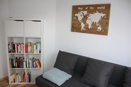 Ferienhaus Erdbeere Lesezimmer Bild2.JPG