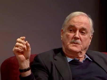Cleese over extremisme
