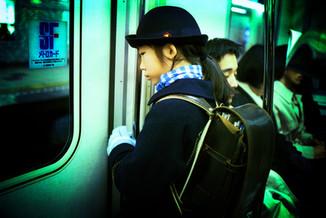 地下鉄、小学生01_06_23 のコピー.jpg