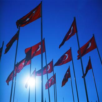 イスタンブール国旗03_03_31 のコピー.jpg