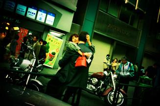 抱き合うカップル01_09_17 のコピー.jpg