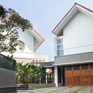 Bintaro Pinguin House