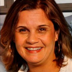 Ana Cristina Barros