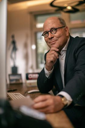 Prof. Dr. Matthias Siegmann