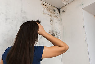 girl found mold in the corner of your ba