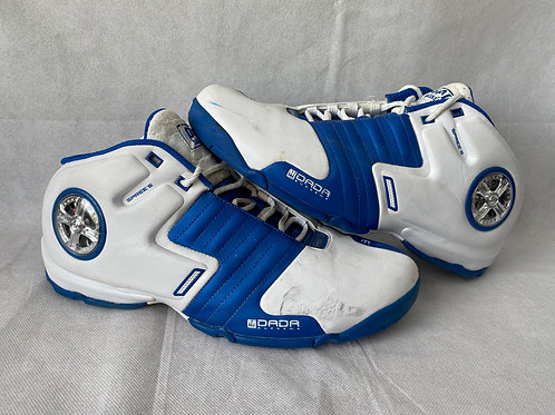 Latrell Sprewell Game Used Sneakers