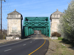 North Entrance to Old Hickory, TN