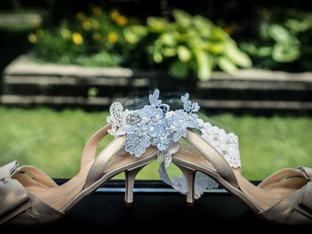 10 Extreme Tips to Save Massive Amounts of Money on Your Wedding