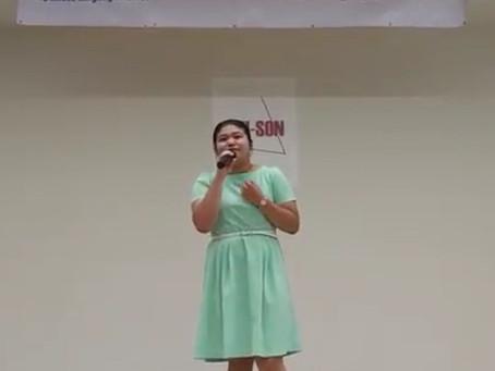 香港學生🎶饒同學在Unitas日本語學校唱歌表演🎶