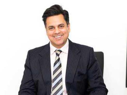 Mr Pasha Nisar