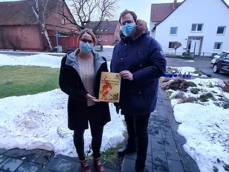 Waltringhausen: Feuerkobolde zum Blättern eingeladen
