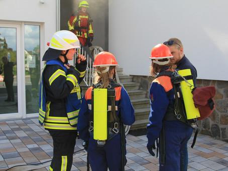 JF Bückeburg-Stadt erlebt Doppel-Ü: Übernachtung und Übung