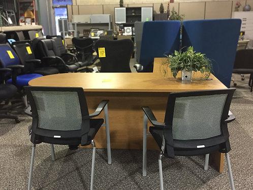 Pre-owned Maverick Desk