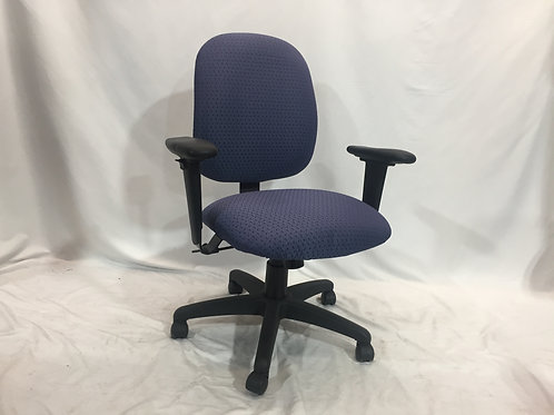 Pre-owned TR2 Task Chair