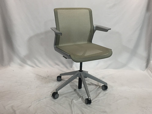 Pre-owned Allsteel Clarity