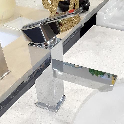 Single-hole Bathroom Faucet (Chromed)