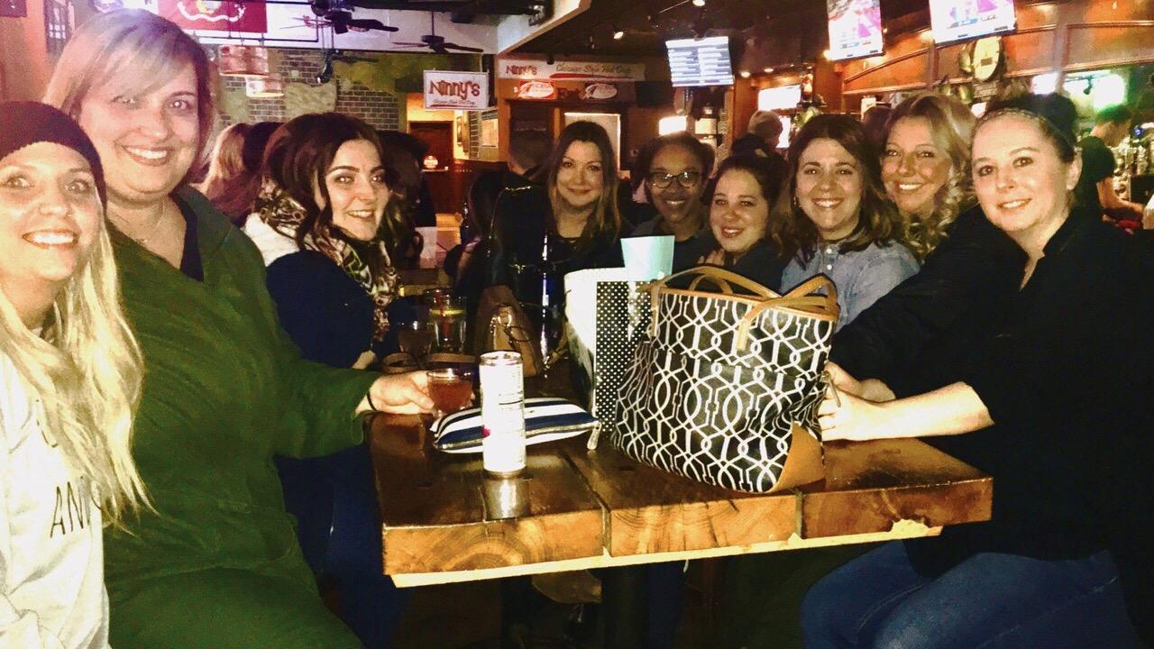 Rays-Pub-Highland-Square-Girls