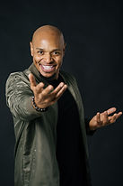 tony-headshots-2020-14.JPG