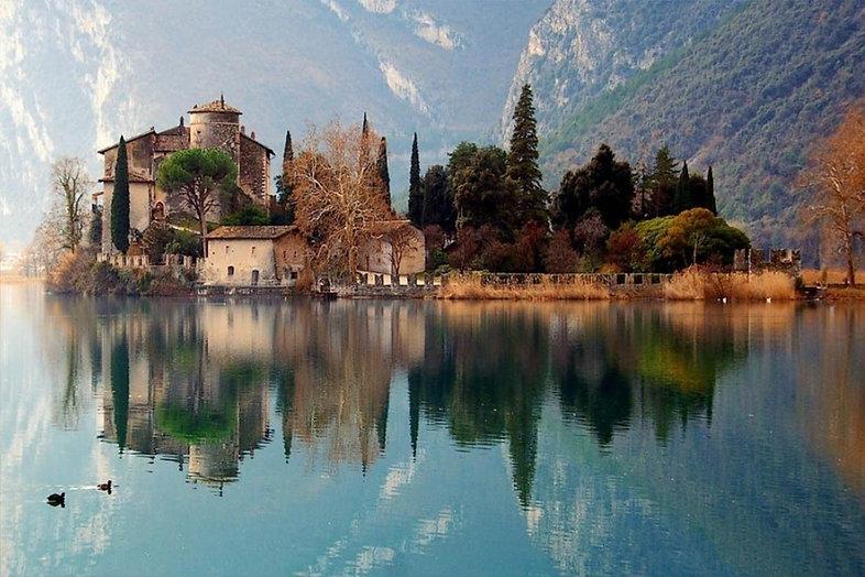 1Toblino-Lake-ITW-1230x820.jpg