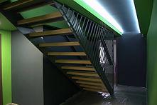 trepte - beton galben - Cluj.jpg