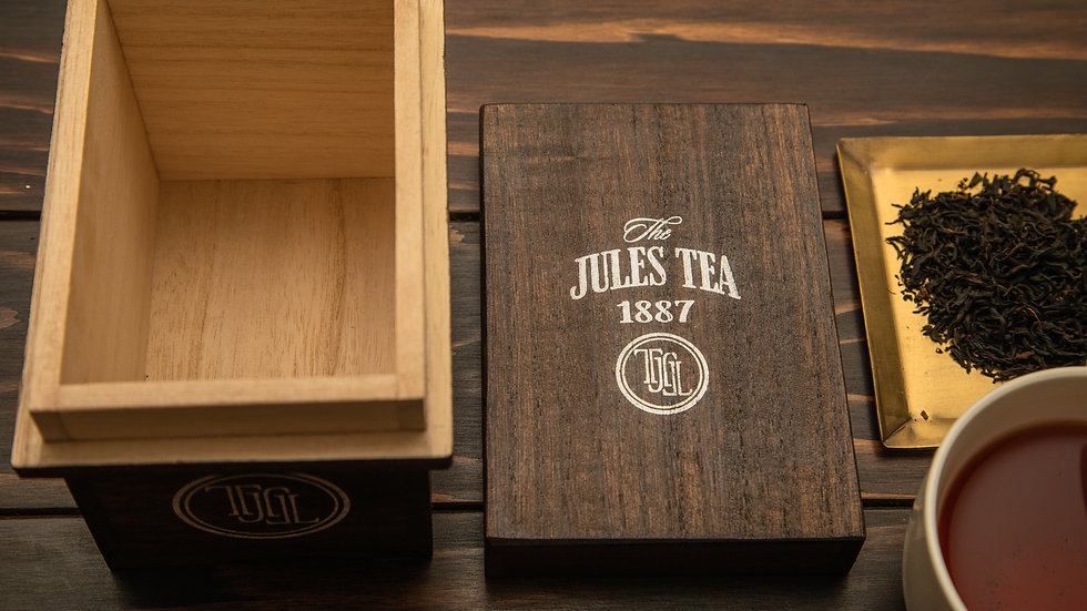 vintage style mini tea box