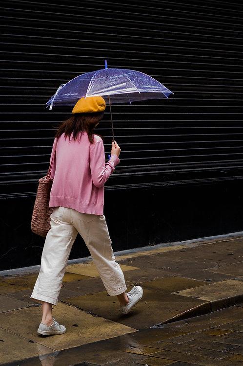 Girl with umbrella - Markus Himberger